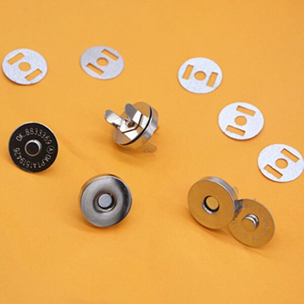 50pcs Bronze Silver Metal Magnet Button For Diy Bags Snaps Buttons Clasp Fastener Snap Button Sewing Accessories 14*3.5mm